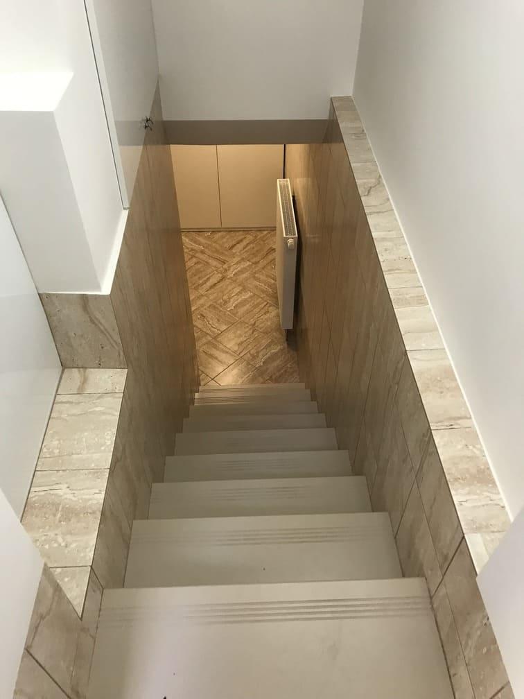 Лестница в подвал Фото 1