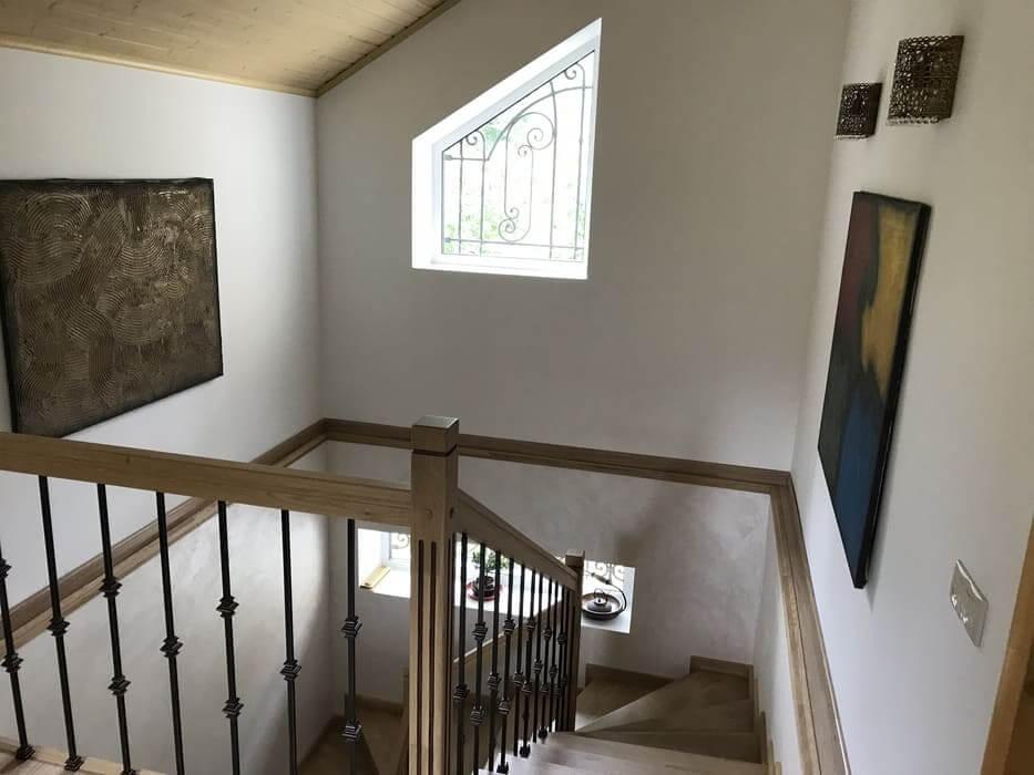 Объект дом 296м2 фото лестница 2