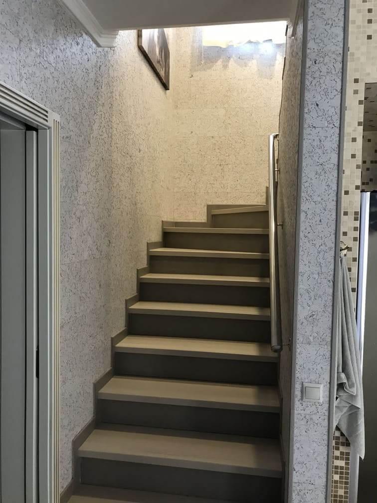 Лестница 2 эт Фото 1